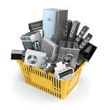 在手提篮的厨房器具 网上电子商务概念 免版税库存图片
