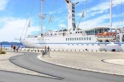 在扎达尔附近,克罗地亚海岸的巡航划线员  库存图片