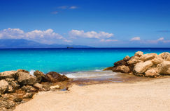 在扎金索斯州海岛上的Alykes海滩 免版税库存照片