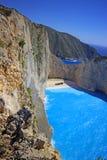 在扎金索斯州海岛日落的,希腊上的Navagio海滩 免版税图库摄影
