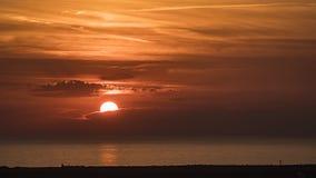在托斯坎海的日落 免版税库存图片