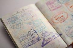 在护照的签证 图库摄影