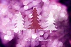 在抽象轻的背景的圣诞树,圣诞卡 库存图片