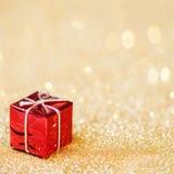 在抽象bokeh背景的圣诞节装饰 快活的Christm 免版税库存照片