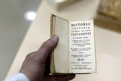在拉丁的旧书 库存图片