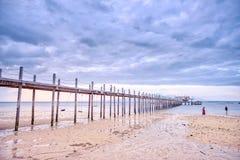 在拉卡翁岛海滩胜地,卡迪士,西内格罗省,Phlippines的日出 库存照片