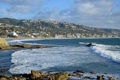 在拉古纳海滩的一场冬天风暴以后,加利福尼亚 免版税库存照片