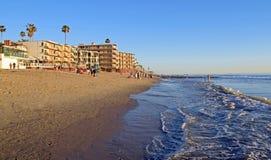 在拉古纳海滩,加利福尼亚的困空心海滩 免版税库存照片