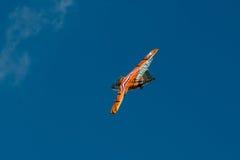 在拉多姆飞行表演期间的绅宝105 OE显示2013年 免版税库存图片