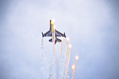 在拉多姆Airshow,波兰的比利时F-16 figter 免版税库存图片