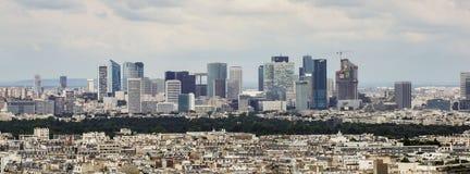 在拉德芳斯区的看法在巴黎 库存图片
