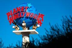 在拉斯韦加斯大道的行星好莱坞手段标志 库存照片