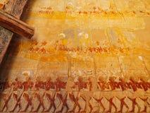 在拉美西斯三世太平间寺庙的五颜六色的雕刻Medinet的波布 库存图片