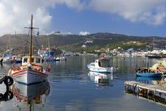在拔摩岛海岛上的Skala港口 库存照片