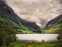 在挪威的南部的Lakeview 图库摄影