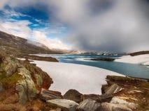 在挪威的南部的Mountainlake 免版税库存照片