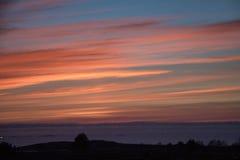 在挪威的西海岸的美好的日落 图库摄影