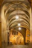 在捷克克鲁姆洛夫城堡的晚上光  库存照片