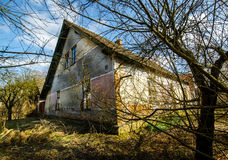 在捷克共和国的老无人居住的村庄 免版税库存图片