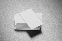 在掠过的钢背景的空白的名片大模型 免版税库存照片