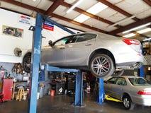 在推力的Maserati 图库摄影