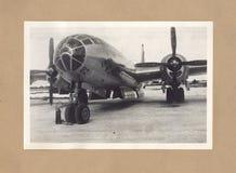 在提尼安岛的二战轰炸机艾诺拉・盖号轰炸机 库存图片