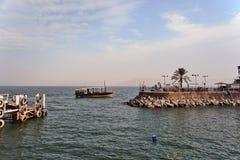 在提比里亚以色列附近的小船加利利海 图库摄影