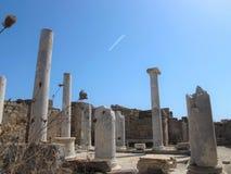 在提洛岛海岛上的古希腊废墟 库存照片