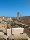 在提洛岛海岛上的古希腊废墟 库存图片