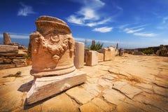 在提洛岛海岛上的古老废墟  免版税库存图片