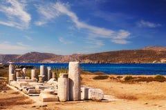 在提洛岛海岛上的古老废墟  免版税图库摄影