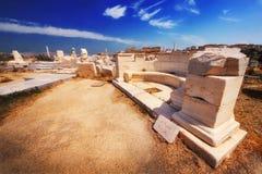在提洛岛海岛上的古老废墟  图库摄影