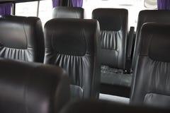 在搬运车的黑皮革车位子 免版税库存照片