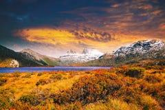 在摇篮山,塔斯马尼亚岛的日落 免版税库存照片