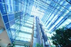 在摩天大楼北部塔的许多楼层 免版税库存照片