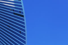 在摩天大楼的阳光 玻璃塔,高科技 库存图片