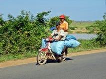 在摩托车的夫妇 库存图片