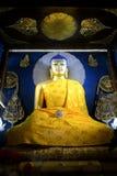 在摩诃菩提寺的Goden菩萨雕象 免版税库存图片