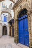 在摩洛哥人麦地那的一条街道 库存照片