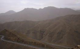 在摩洛哥的山的路 免版税图库摄影