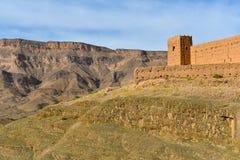 在摩洛哥阿特拉斯山脉的黏土堡垒 免版税库存图片