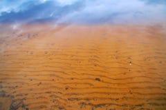 在撒哈拉大沙漠的云彩 库存照片