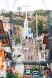 在攀登的Cajamarquina雕塑对圣诞老人Apolonia在卡哈马卡省秘鲁 图库摄影