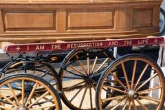 在支架登上的棺材细节 免版税图库摄影