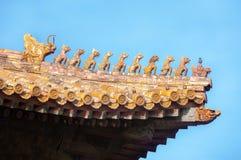 在故宫的华丽屋顶小雕象,北京,中国 免版税库存照片