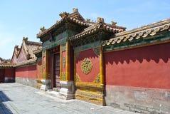 在故宫里面的一个宫殿门 库存图片