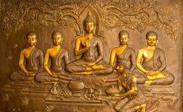 在教会墙壁上的泰国艺术灰泥  库存图片