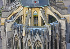 在教会的拱式扶垛在跟特,比利时 库存图片