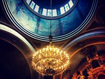 在教会的灯 免版税库存图片