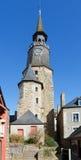 在教会, Dinan,法国的钟楼 免版税图库摄影